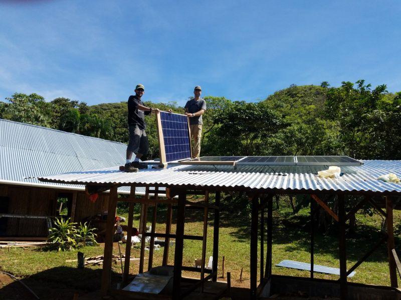 Montage der Solarzellen